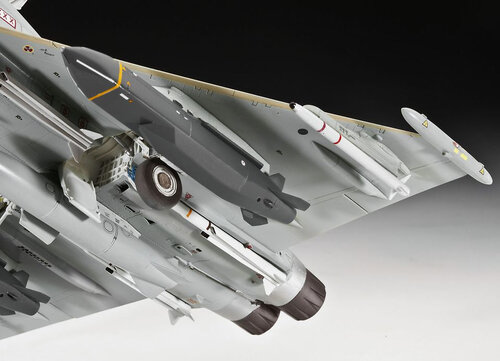 Revell EUROFIGHTER TYPHOON twin-seater #3