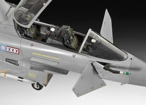 Revell EUROFIGHTER TYPHOON twin-seater #6