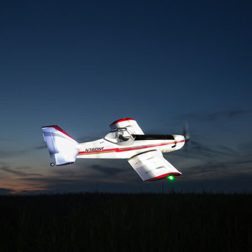 E-flite Brave Night Flyer BNF Basic #6